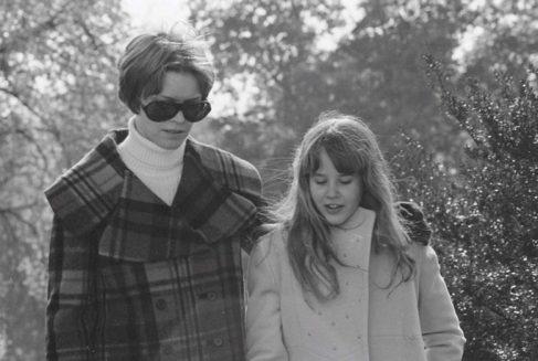 Ellen-Burstyn-and-Linda-Blair-in-The-Exorcist-1973-780x524